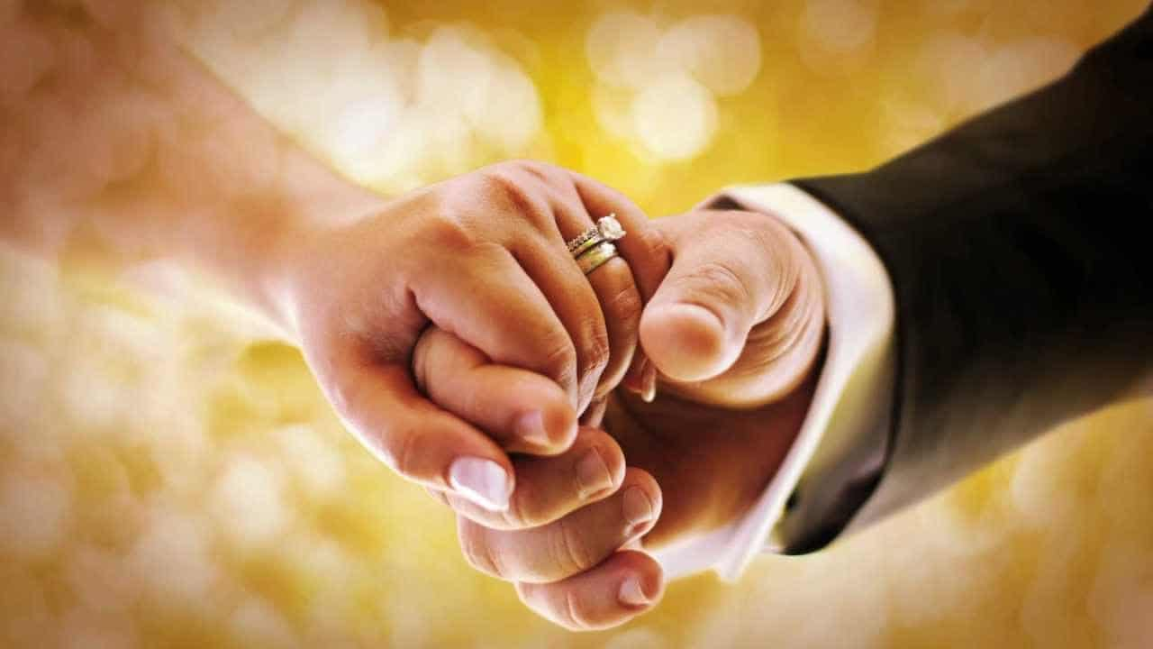 صورة انا متزوجة وحلمت اني اتزوج , اغرب الاحلام وتفسيرها