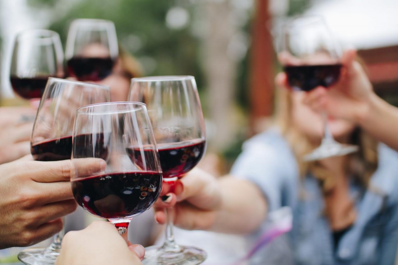 صور الخمر في الحلم , ظهور المحرمات فى المنام وتفسيرها