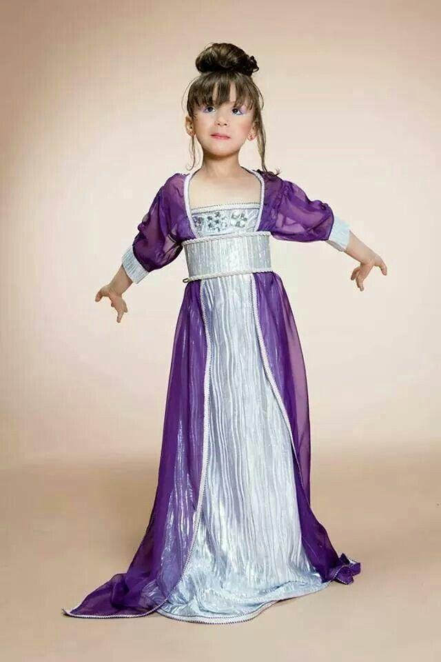 صورة عبايات اطفال صغار , اجدد عبايات للاطفال الصغار