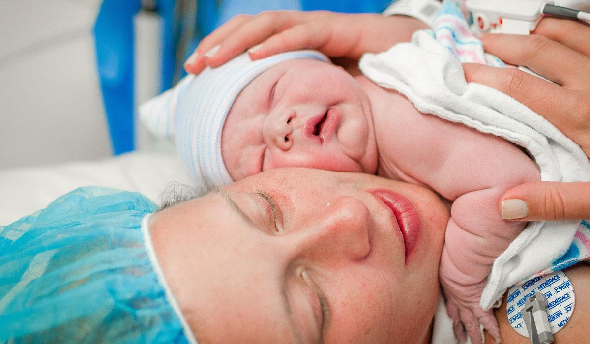 صورة اعراض الحمل بعد الولادة القيصرية , معرفة الحمل الذي يلي القيصرية
