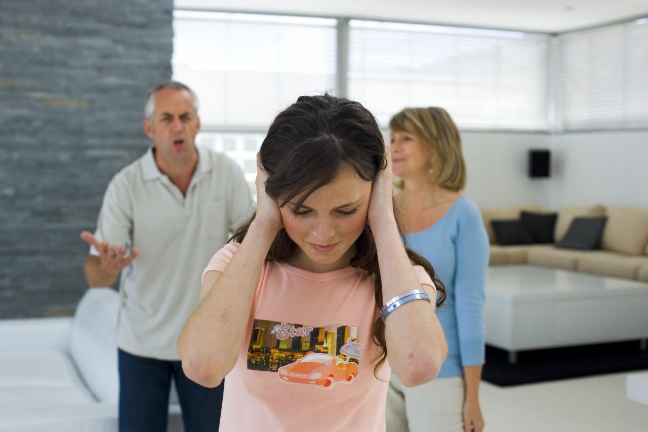 صورة مشاكل المراهقين وحلولها , الى اولياء الامر هكذا تعاملوا مع ابنائكم المراهقين