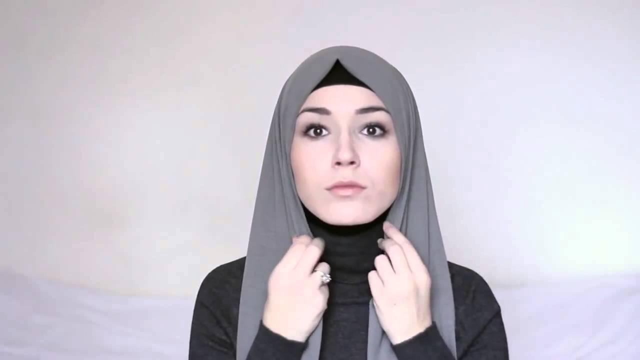 صورة لفات طرح بسيطة للبنات , لفي حجابك لفة شيك تبين جمالك