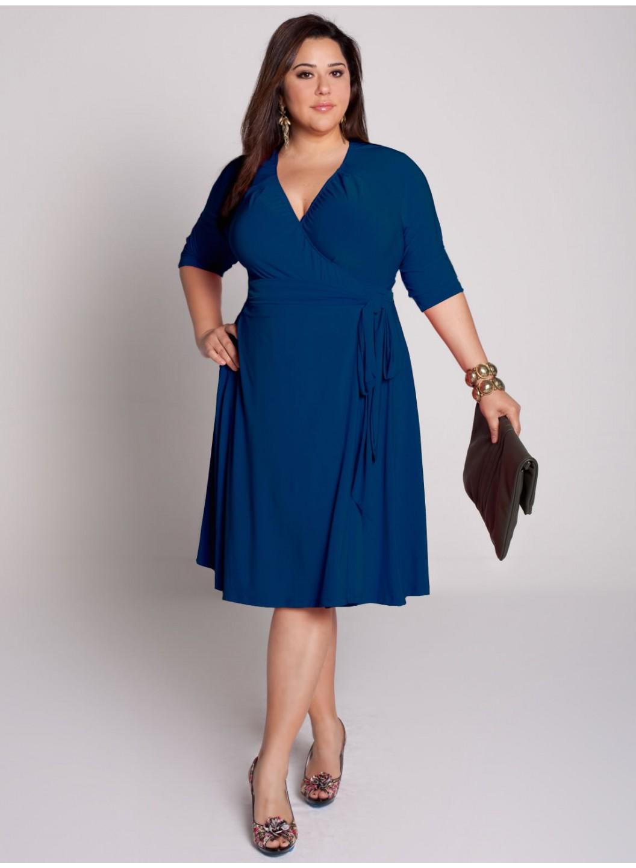 صورة فساتين سهرة للبدينات جدا , يا كيرفي يا قمر فستانك احلى فستان