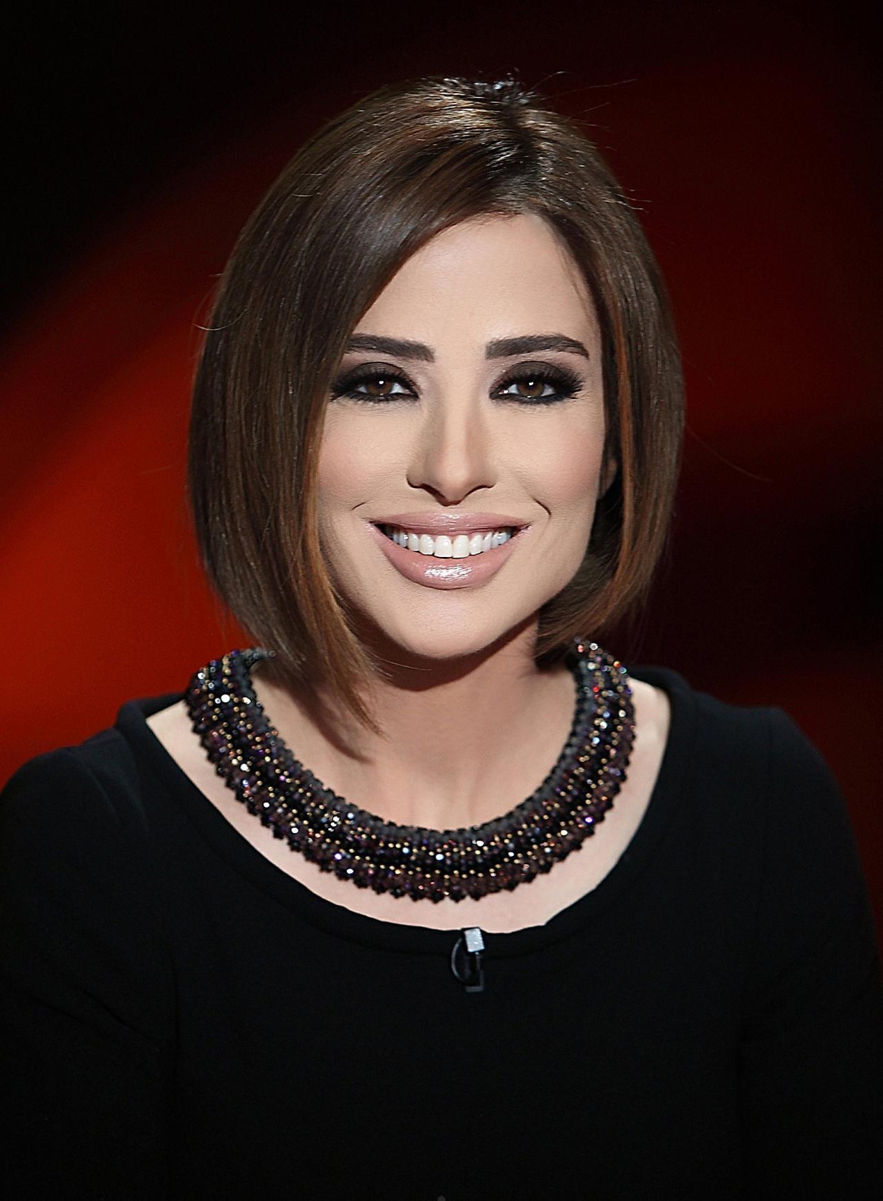 صورة وفاء الكيلاني بدون مكياج , جميلة بردو وفاء الكيلاني حلوة في كل حالتها