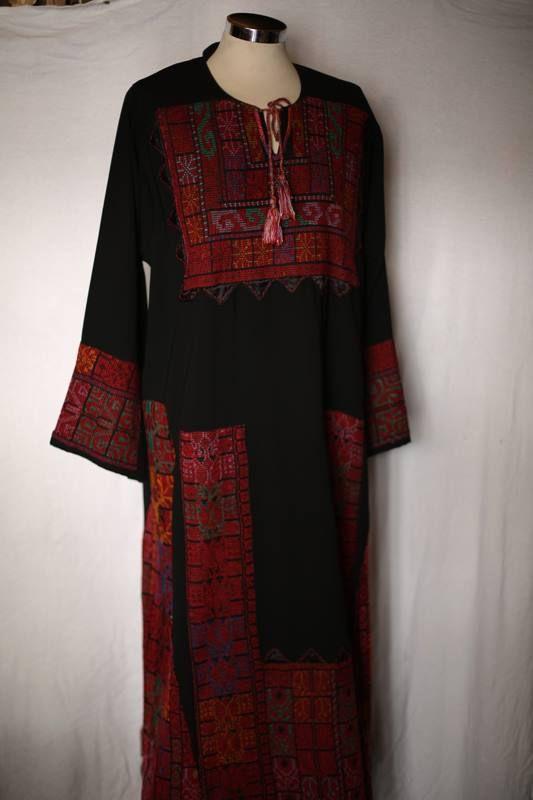 صورة تطريز ثياب نساء , تطريز ثوب نسائي