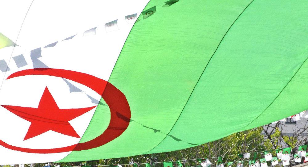بالصور صور للعلم الجزائري , وصف وشرح العلم الجزائرى 1343 2