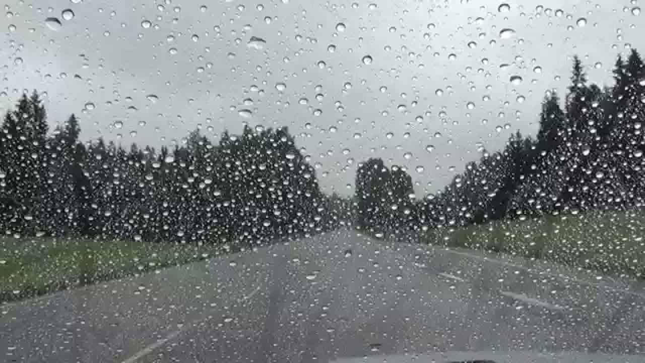 صورة تفسير حلم المطر الغزير للعزباء , رؤية المطر الغزير في المنام 2619 2