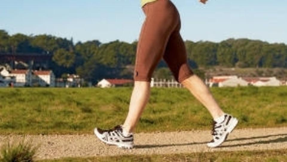 صورة فوائد المشي السريع , ما الفائده التى تعود على الانسان من المشى 2753 2
