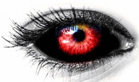 صورة احمرار العين في المنام , ما هو تاويل رؤية العيون الحمراء في الحلم