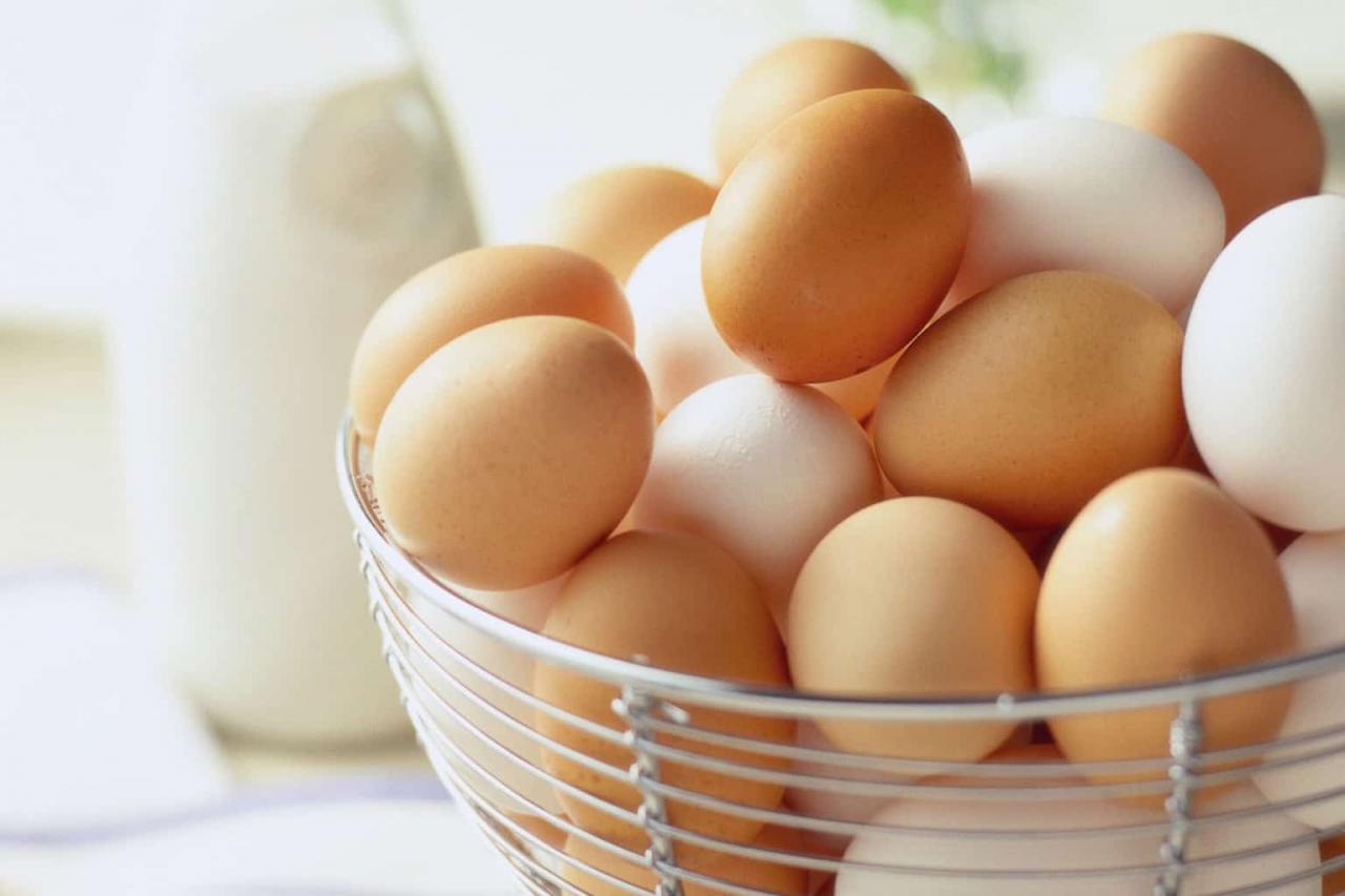 صورة اضرار اكل البيض المسلوق قبل النوم , مشاكل من تناول البيض في المساء