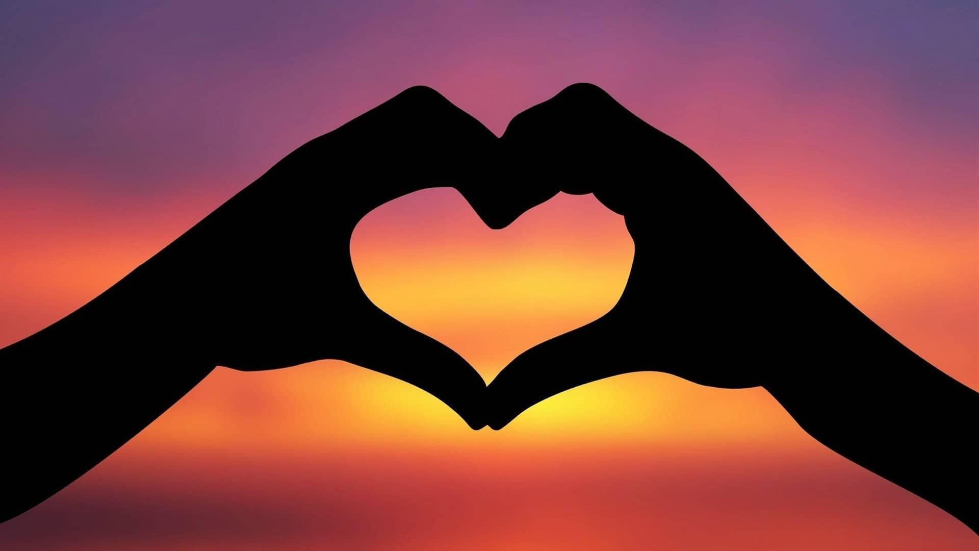صورة كيف تعرف الشخص الذي يحبك حب حقيقي , دليل الحب الحقيقي