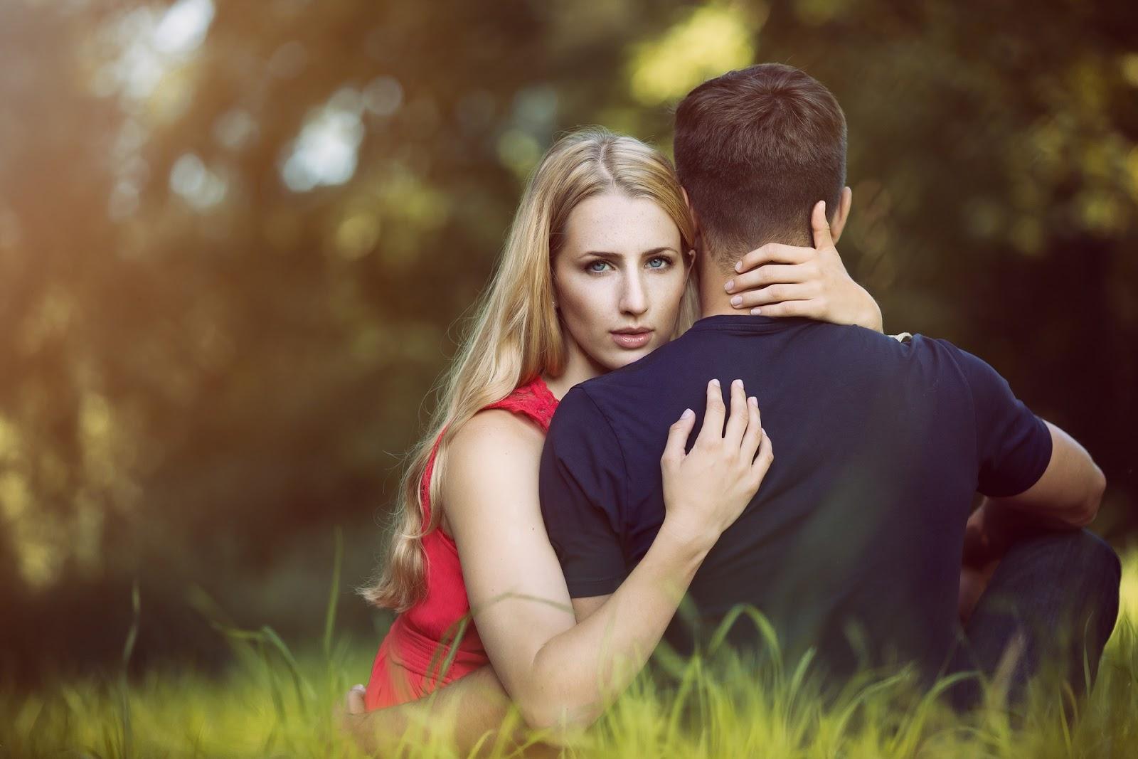 صور الحب الحقيقي بين الزوجين , الازواج و علاقاتهم المختلفه