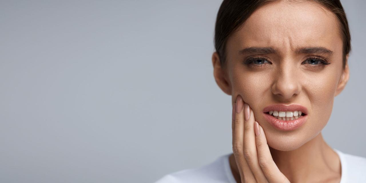 صورة اسباب الم الاسنان بعد الحشو , هل طبيعى او يستدعى طبيب اعرف ذلك