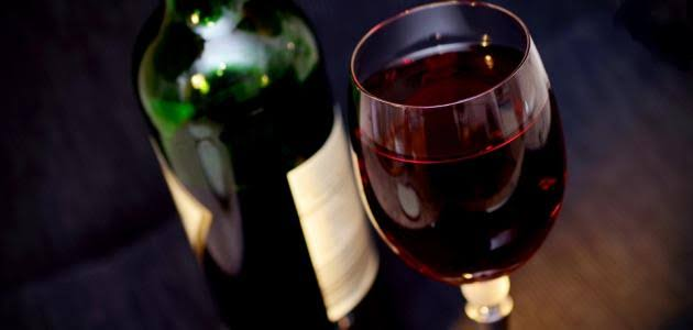 صورة معنى شرب الخمر في المنام , حرام فى الواقع فى الحلم بشرى جميله