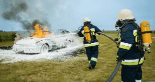 صورة موضوع تعبير عن رجل الاطفاء , رجل اخطر المهن والمهمات الانسانيه